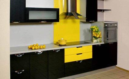черно-желтая кухня в интерьере